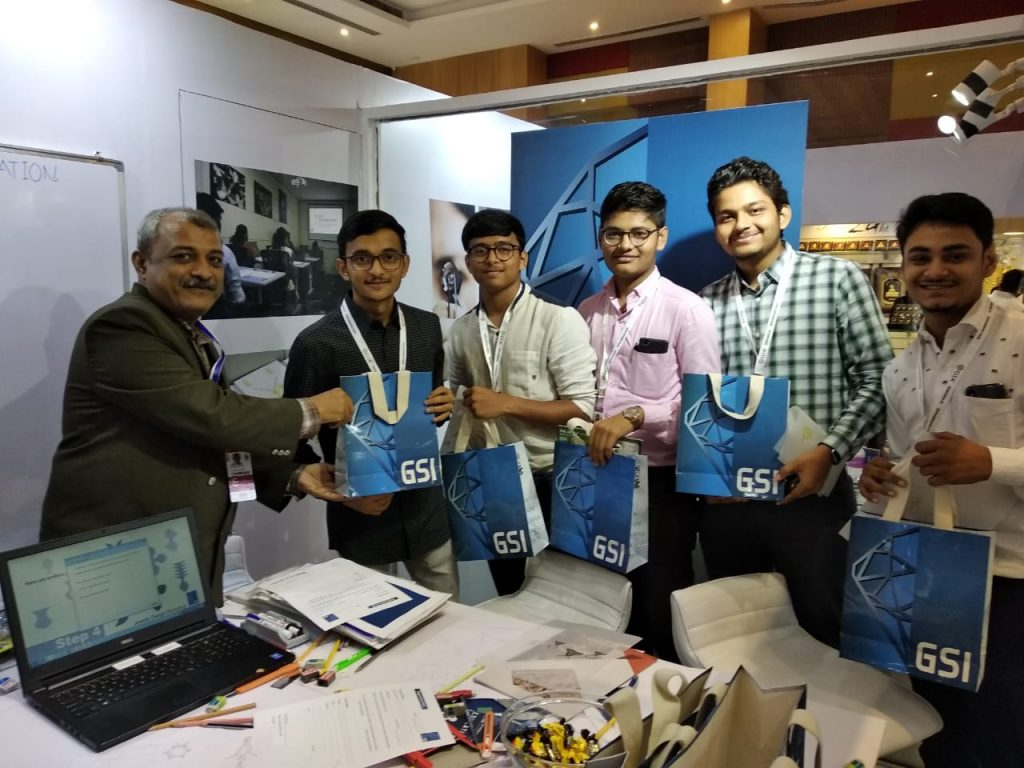 Staggering Response to GSI Free Jewelry Design Workshop at IIJS 2018 BOOTH