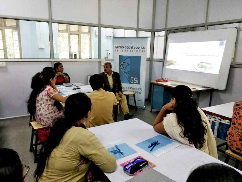 GSI' s YET ANOTHER SUCCESSFUL JEWELRY DESIGN WORKSHOP IN KOLHAPUR 5